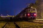 ET22-1170 -- ET22-1170 z pociągiem towarowym oczekuje na mijankę na stacji Wyszków.
