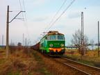 ET22-099 -- ET22-099 z towarowym Ostrołęka - Ornontowice Budryk wjeżdża na stację Wyszków