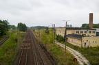 Małkinia - opuszczone obszary kolejowe -- Widok z wiaduktu linii 34 na stację Małkinia i linię E75 Zielonka - Kuźnica Białostocka.