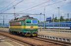 163 092-0 -- Lokomotywa 163 manewruje po stacji w Bohuminie.