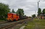 Lxd2-374 -- Pociąg turystyczny z okazji Industriady 2016 rel. Tarnowskie Góry - Bytom odjeżdża ze stacji Bytom Karb Wąskotorowy.