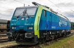 ES64F4-153 -- Elektrowóz Siemens Eurosprinter PKP Cargo odpoczywa za peronami stacji Ostrava hl.n.