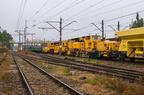 Pierwszy dzień remontu Wyszków - Mostówka -- Skład złożony z maszyn torowych i wagonów do transportu tłucznia, szyn i podkładów wrócił po całodniowych pracach na szlaku z Mostówki do Wyszkowa.