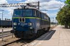 ET22-2023 -- Zmodernizowana lokomotywa ET22 PKP Cargo ustawiona jako ekspozycja w peronach st. Ostrołęka z okazji Festynu Dworcowego 2017.