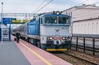 754 037-0 -- Lokomotywa Kolei Czeskich wypożyczona PKP Intercity z pociągiem TLK Latarnik rel. Świnoujście - Suwałki po zmianie lokomotywy w Białymstoku szykuje się do dalszej drogi w kier. Suwałk.
