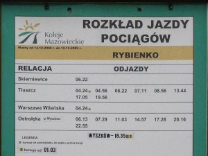 Zdjęcie rozkładu 2008-2009 na tablicy przystankowej Rybienko. fot. Sebastian Gomółka, 9.11.2009